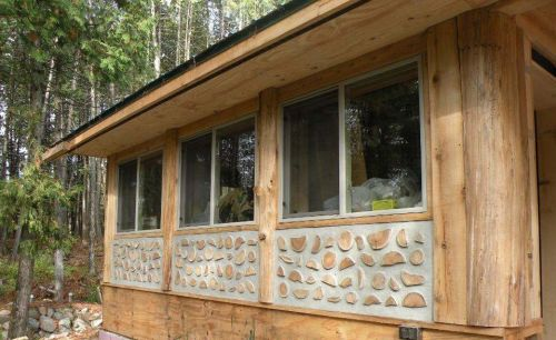 Paul Harney cordwood wall 4
