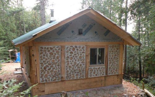 Paul Harney cordwood wall 6