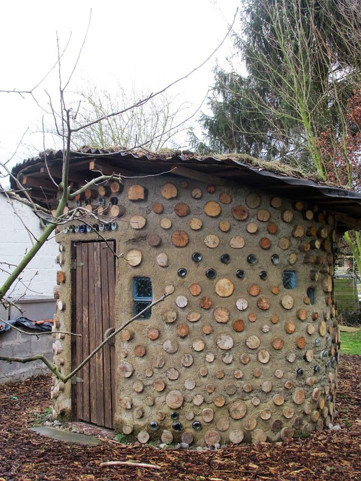 Cobwood composting toilet by Olesia Antiushenia 4